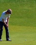 Ce golfeur va réussir son putt